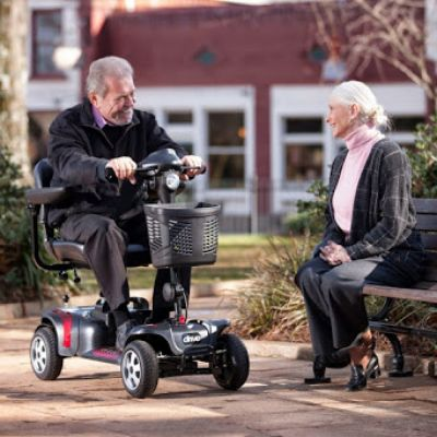 Heavy duty mobility scooter (350 lbs or 158 kg capacity) rental Orlando