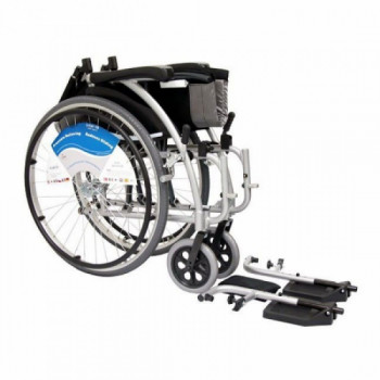 Ultra Light Standard Wheelchair rentals in New York City - Cloud of Goods