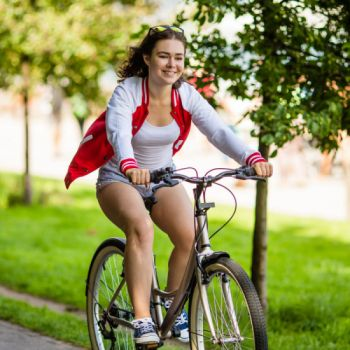 Women's hybrid bike rentals in San Antonio - Cloud of Goods