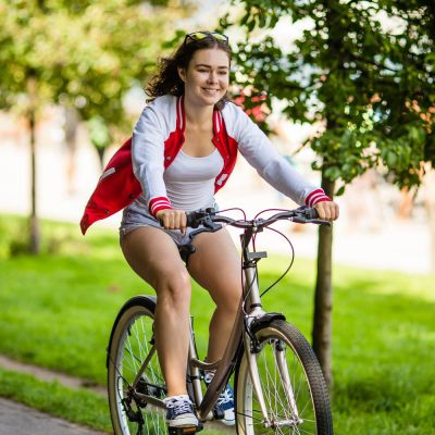 Women's hybrid bike rental